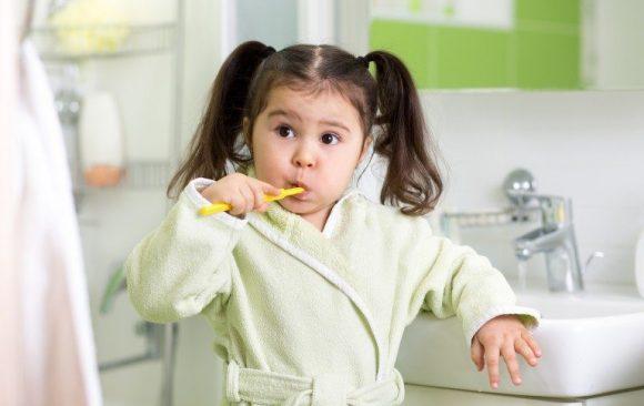 Αποτελεσματικοί τρόποι να ενθαρρύνουμε τα παιδιά να βουρτσίσουν τα δόντια τους!